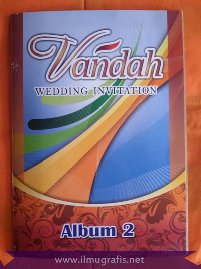 Vandah 2 Wedding Cards